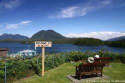 Vue du litoral depuis Tofino sur l'ile de Vancouver
